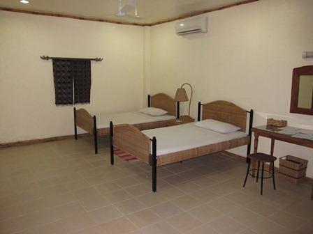 blog_ホテルの部屋100211