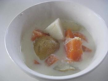 根菜の牛乳スープ2