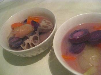 紫イモの白味噌仕立て