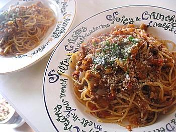 オニオン&キノコのミートトマトパスタ8
