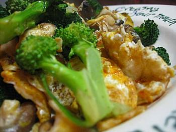 ブロッコリー入り卵椎茸炒め2
