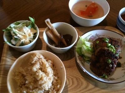お豆腐ハンバーグ@クロモンカフェ