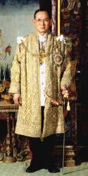 プミポン・アドゥンヤデート国王(ラーマ9世)