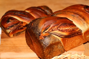 1128 マーブル食パン