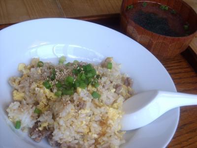 卵チャーハン(萬福食堂)