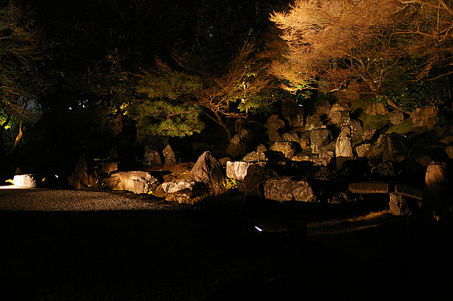 円徳院・北庭