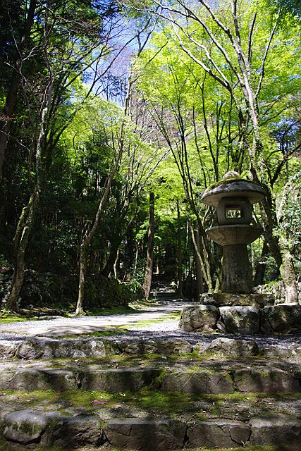 高山寺参道入り口