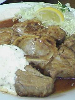 洋食たけだの尾肉ステーキ
