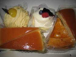 梅屋のチーズケーキが食べたくなって・・・