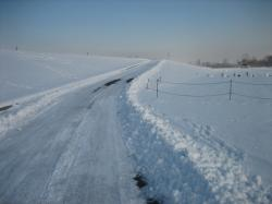 こちらは除雪されています(^^)