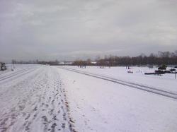 今年は堤防の雪も少なくて