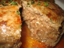 仔羊肉のハンバーグ・・・らしいです(^^ゞ
