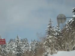 旭岳はまだまだ雪がいっぱい!