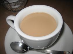 コーヒーかチャイを選べます。これはチャイ(^^)