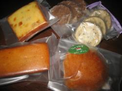 焼き菓子詰め合わせ(750円)には5種類が入っていました♪