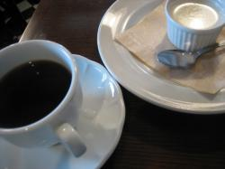 コーヒーを飲みながらセミナー受講(*^_^*)