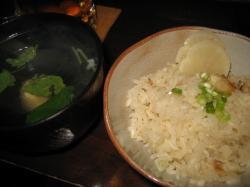 炊き込みご飯とお吸い物