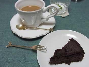 20110419-chibikuroさんケーキ