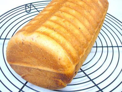 あずきと栗の渦まきパン