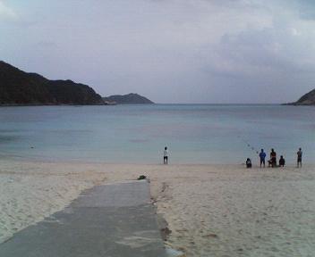 3)阿波連ビーチ