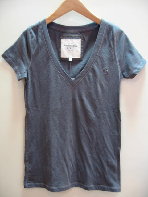 ABERCROMBIE&FITCH V NECK TEE