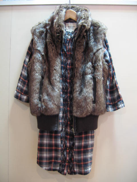 FOREVER 21 FUR VEST / ABERCROMBIE & FITCH PLAID SHIRT
