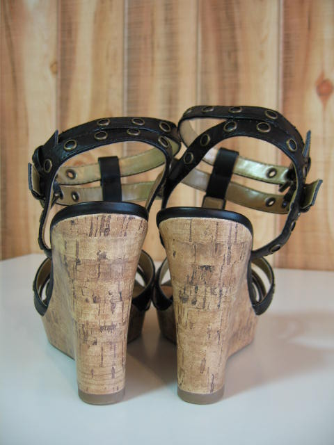 DELICIOUS BURNEY WEDGE SANDAL BLACK SIZE6