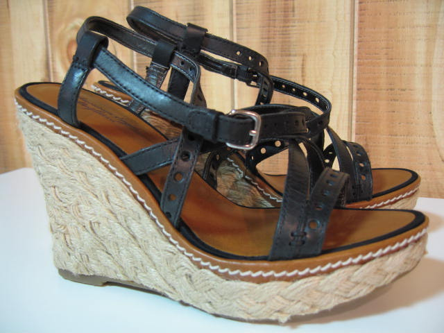 AE WEDGE SOLE SANDALS