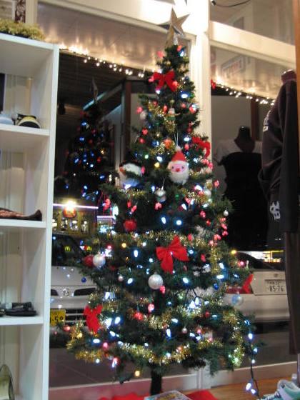 CLOSET CHRISTMAS TREE♪
