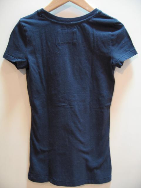 アバクロ ワッペンロゴTシャツ