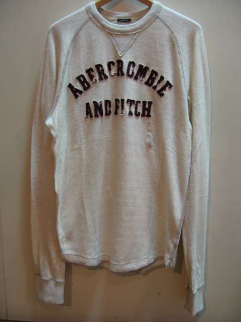 abercrombie & fitch ロンTEE