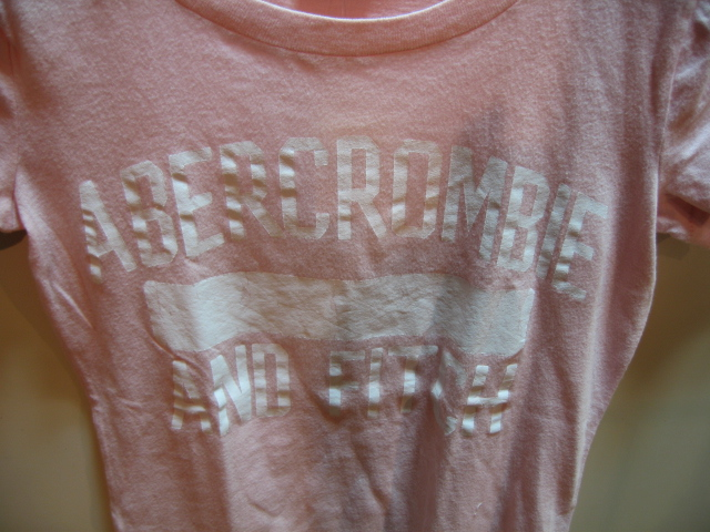 ABERCROMBIE & FITCH Tシャツ