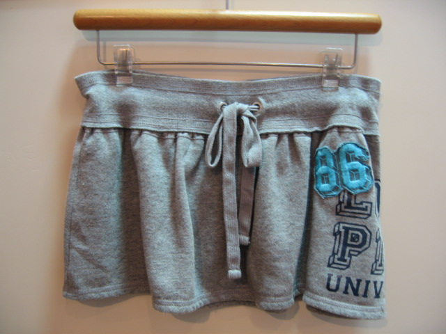 VICTORIA'S SECRET SKIRT GREY