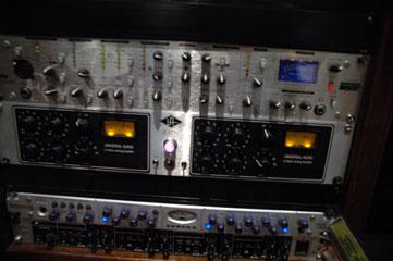 Universal-Audio.jpg