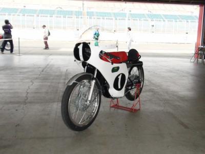 RSC CB125Sロードレーサー1