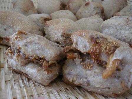 イチジクと胡桃のパン