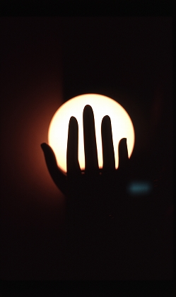 手のひらの光