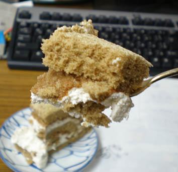 ボヌールのロールケーキ