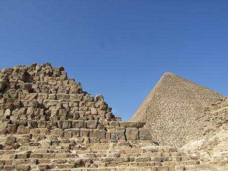 王妃のピラミッド