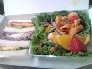 サンドウィッチ&サラダ