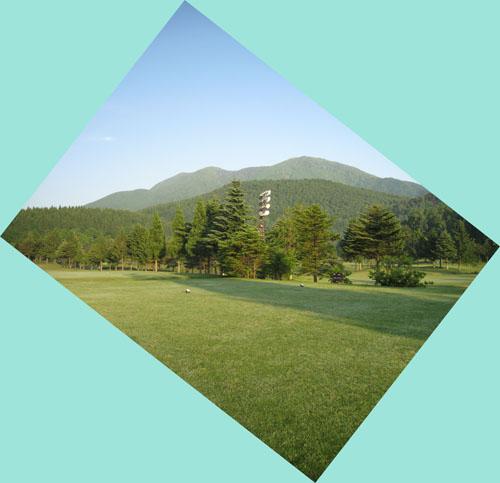 1番ティーより飯綱山(霊仙寺山)