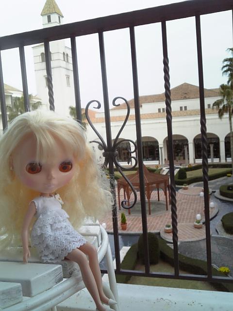 銀子INスペイン村ホテル