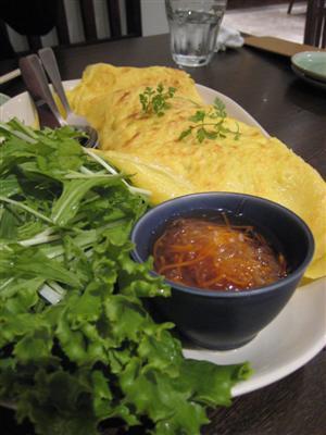 ベトナム風お好み焼き バインセオ