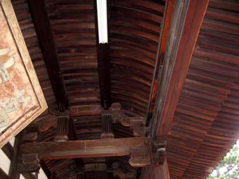 舟形の屋根