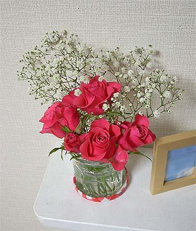 2008120612月の部屋花