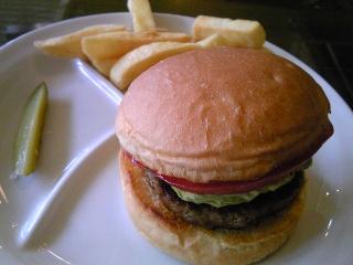 「アボカドチーズバーガー」burgers(福岡市)