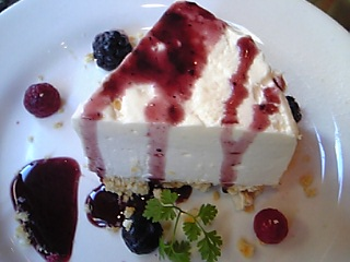 「チーズケーキ」Cafe de FRILL(福岡市)