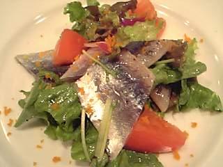 「秋刀魚のマリネサラダ」クッチーナ・クラウ(福岡市)