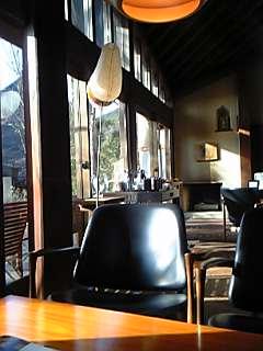 山荘 無量塔の談話室(大分県由布院温泉)