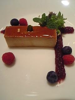 「フォアグラプリン 赤い実を添えて」2007年レヴェイヨン